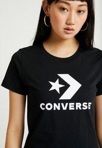 Converse - STAR CHEVRON TEE - T-shirt z nadrukiem - black - 4