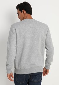 Alpha Industries - BASIC SMALL LOGO - Sweatshirt - grey heather - 2