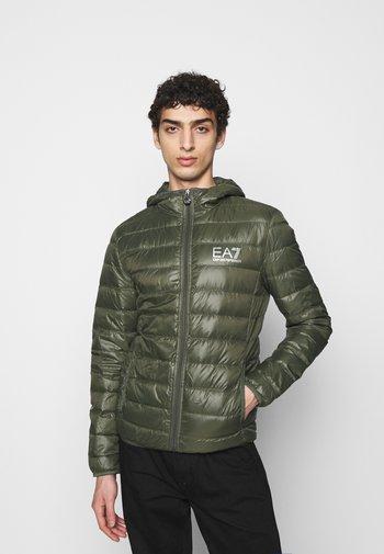 Down jacket - olive