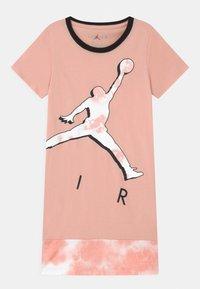 Jordan - GIRL  - Vestito di maglina - arctic orange - 0