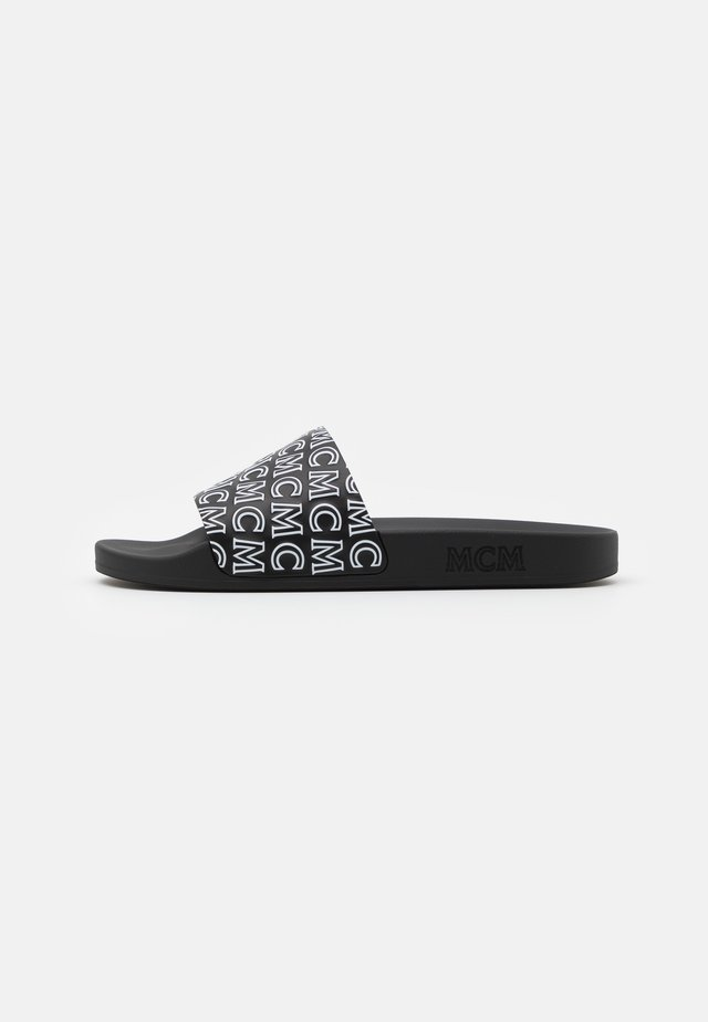 DIAGONAL LOGO SLIDE - Klapki - black