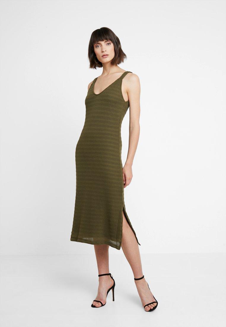 KIOMI - Maxi dress - olive night
