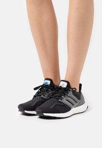 adidas Originals - ULTRABOOST DNA - Zapatillas - core black/iron metallic/carbon - 0