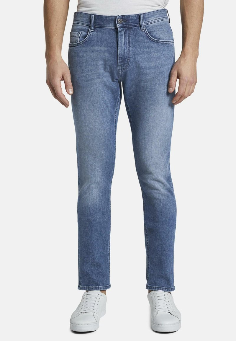 TOM TAILOR - JEANSHOSEN JOSH REGULAR SLIM JEANS - Slim fit jeans - light stone wash denim
