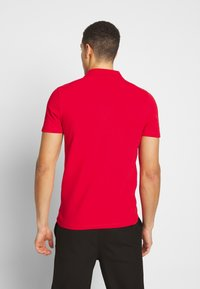 Selected Homme - SLHLUKE SLIM FIT - Polo shirt - true red - 2