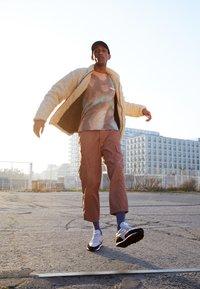 Nike Sportswear - DBREAK-TYPE - Trainers - light orewood brown/black/white - 0