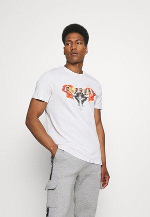 CHROME TEE - Print T-shirt - white