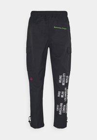 Nike Sportswear - PANT - Cargo trousers - black - 6