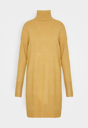 VMBRILLIANT ROLLNECK DRESS - Pletené šaty - buckthorn brown melange