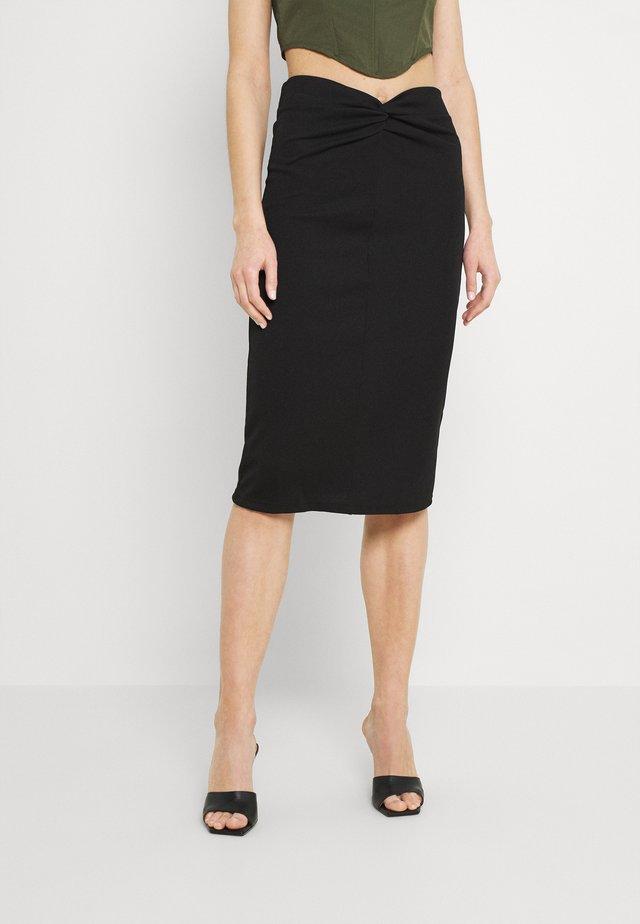 CONNA SKIRT - Pouzdrová sukně - black