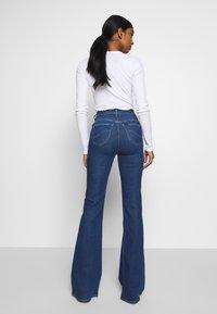 Lee - SUPER HIGH FLARE OPTIX - Jeans a zampa - jackson worn - 2