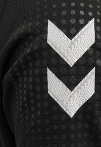 Hummel - Sports shirt - black - 4