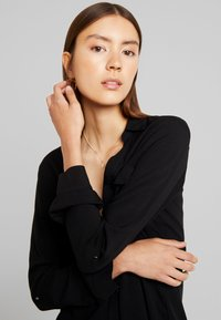 New Look - EARNIE UTILITY PATCH POCKET - Blouse - black - 3