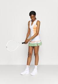 South Beach - TENNIS SKIRT - Sportovní sukně - white - 1