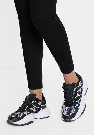 CHUNKY_MESH - Trainers - black