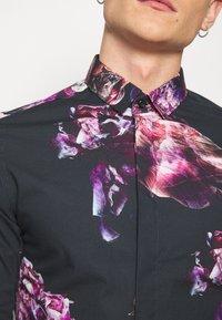 Twisted Tailor - CAVANAGH SHIRT - Camisa - black - 5
