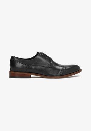 BATISTA - Elegantní šněrovací boty - black