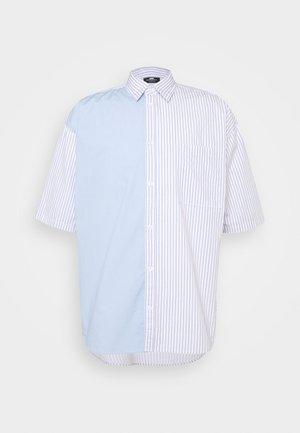 UNISEX SWEET HOLIDAY SHIRT - Skjorta - light blue/ light pink