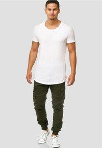 INDICODE JEANS - ALEX - Cargo trousers - dark green - 1
