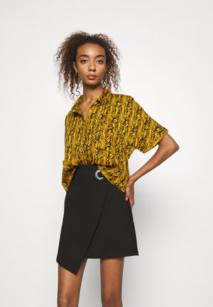NMBEAGLE NO KNOT - Blouse - inca gold/black