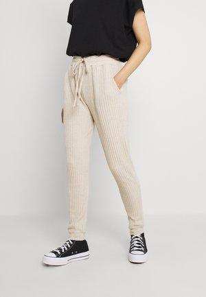 COSY - Teplákové kalhoty - stone
