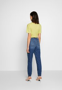 American Eagle - JOGGER - Relaxed fit jeans - rustic blue - 2