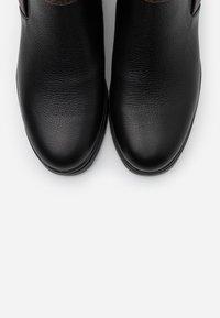 Liu Jo Jeans - NEW NANCY - Korte laarzen - black - 5