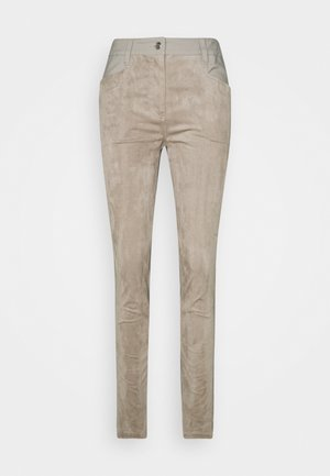 PACE PANTS - Trousers - hazel