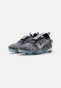 Nike Sportswear - AIR MAX VAPORMAX FK - Zapatillas - black/white/grey fog - 2