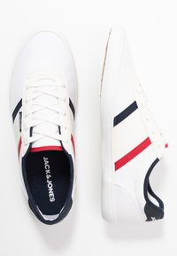 Jack & Jones - JFWLOGAN POP  - Sneakersy niskie - bright white - 1