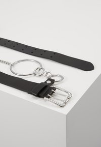Topshop - PRONG CHAIN BELT - Belt - black