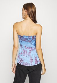 Who What Wear - SMOCKED STRAPLESS - Top - toile blue/burgundy - 2