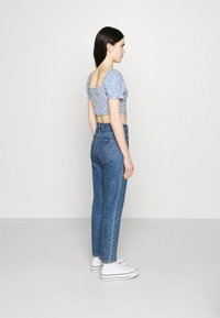 Hollister Co. - CINCH TIE - Camiseta estampada - white/blue - 2