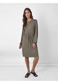 Ro&Zo - Day dress - khaki - 0