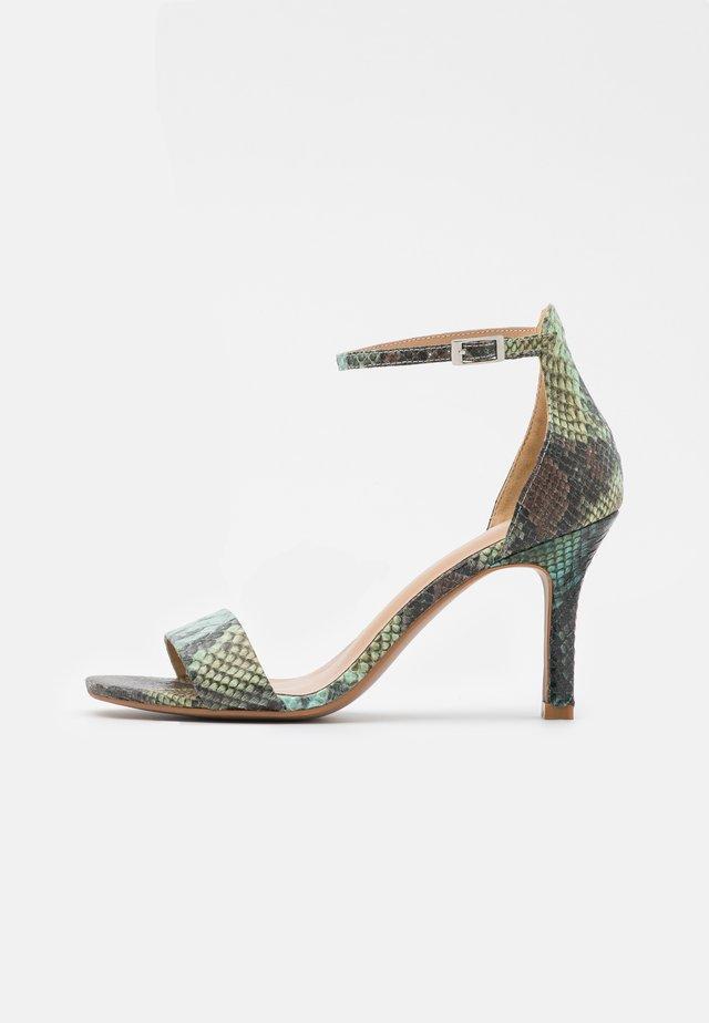 Sandály - aqua