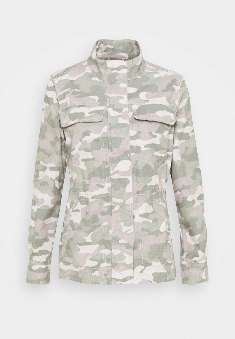 GAP Petite - CORE UTILITY JACKET SOLID - Denim jacket - green