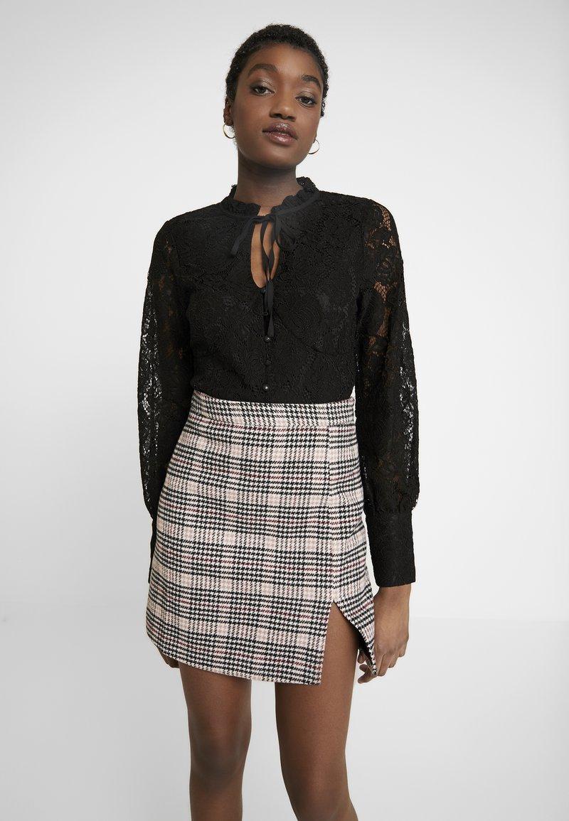 Fashion Union - ROSA - Bluser - black