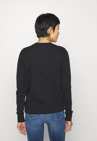Calvin Klein - CORE LOGO - Mikina - black - 2