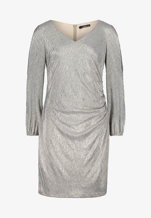 MIT GLANZEFFEKT - Cocktail dress / Party dress - light grey