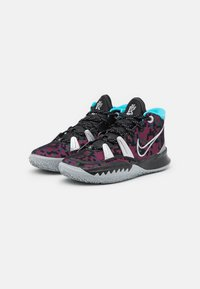 Nike Performance - KYRIE 7 UNISEX - Basketball shoes - black/metallic silver/light smoke grey - 1