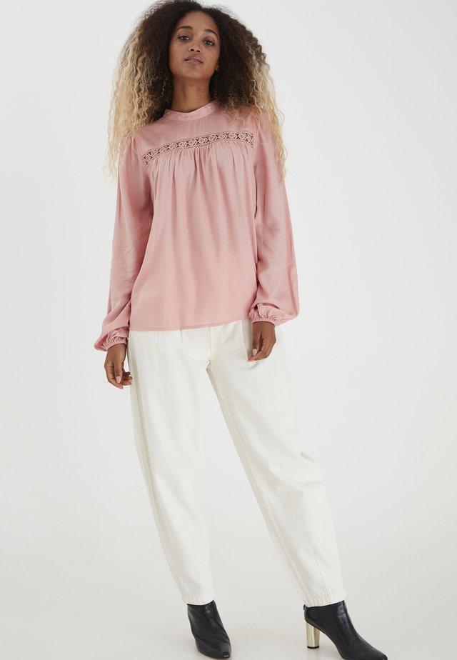 BYIMO - T-shirt à manches longues - rose tan