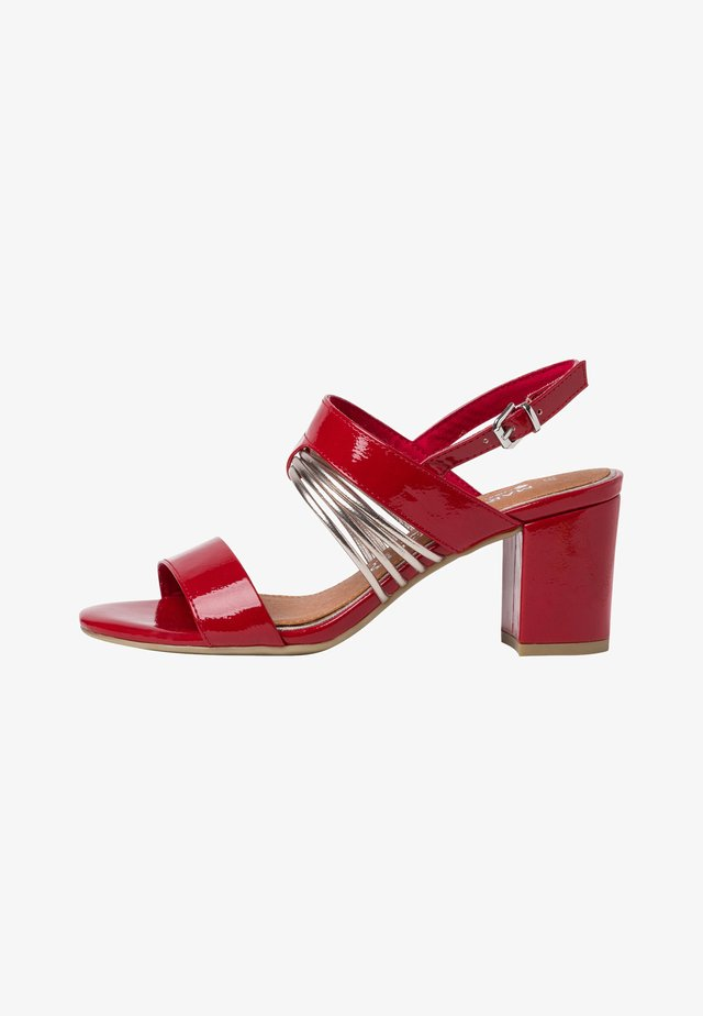 Sandales - red patent com