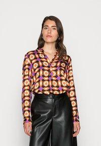 Emily van den Bergh - BLOUSE - Blouse - orange brown lilac geometric - 0
