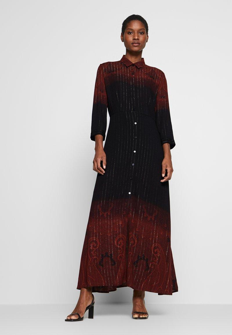 Desigual - VEST LIONEL - Maxi šaty - marron tierra