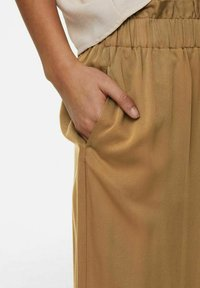 ONLY - Trousers - toasted coconut - 4