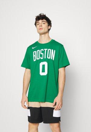 NBA BOSTON CELTICS JAYSON TATUM ICON NAME & NUMBER TEE - Squadra - clover