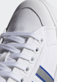 adidas Originals - NIZZA  - Scarpe skate - white - 8