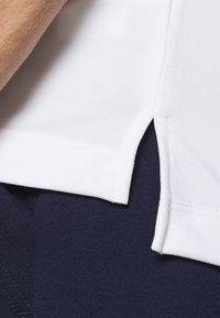 Björn Borg - TOMLIN TEE - Print T-shirt - brilliant white - 5