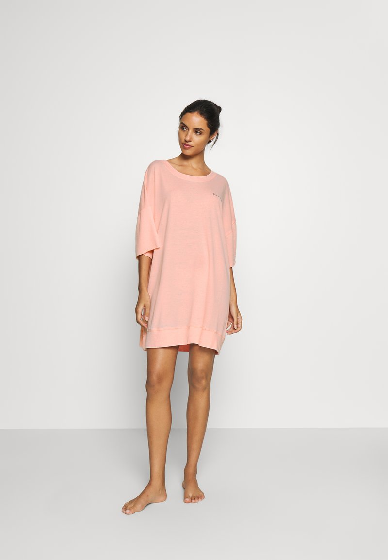 Free People - COZY COOL GIRL LOUNGE - Negligé - coral