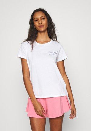 LACESS SHORT SET - Pyjamas - white/hamptons pink